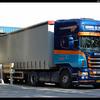 DSC 7965-border - Wal, R