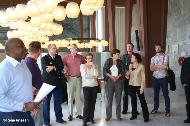 © René Vriezen 2008-10-11 #0007 Coming Out Day. Kom er voor uit dag. Stadhuis Arnhem zaterdag 11-10-2008