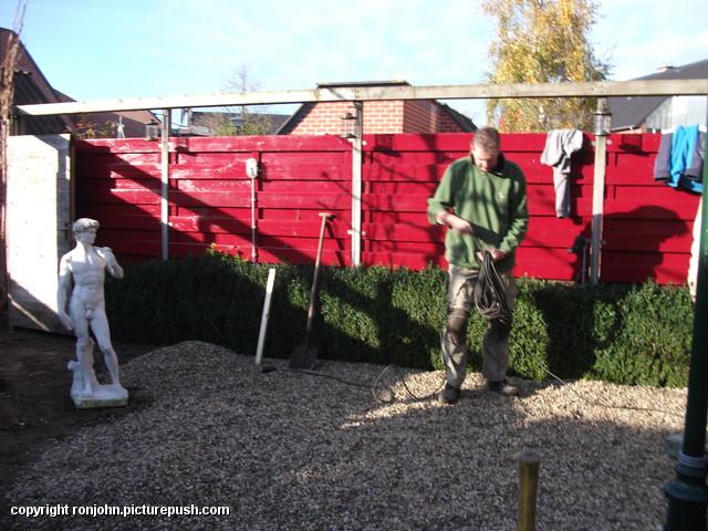 Tuin - afmaken achtertuin 14-11-12 (16) Afgraven achtertuin 13-11-12