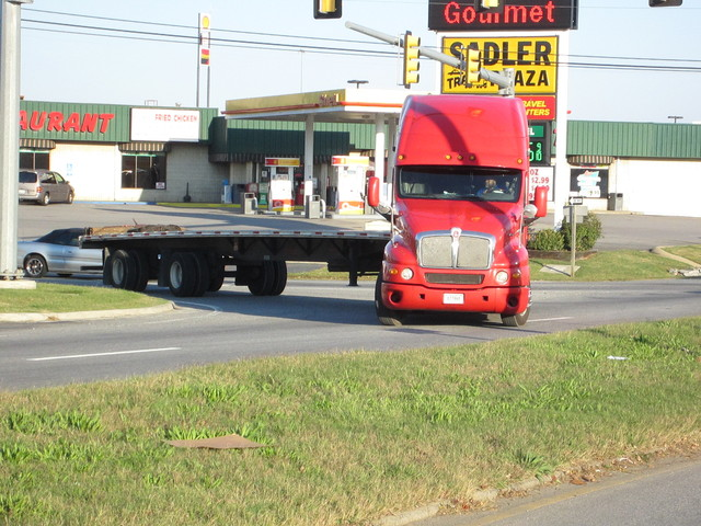 IMG 0200 Trucks