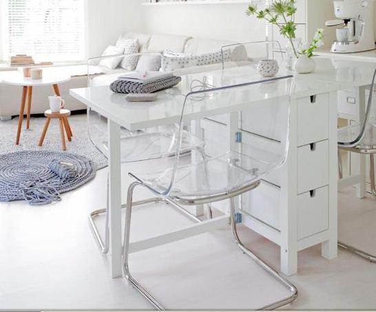 Ikea sedie trasparenti casamia idea di immagine for Ikea sedie trasparenti