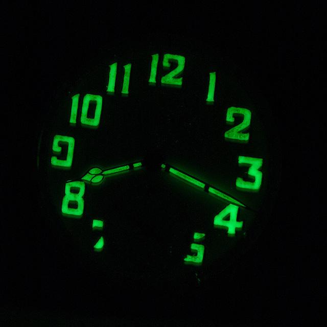 horloge-donker Horloges
