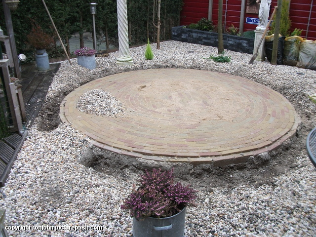 Tuin - Haag rond 't Rietplein 08-03-13 (01) Buxus planten 't Rietplein 08-03-13