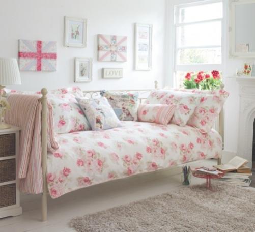 blauw-roze-bloemen-slaapkam... Picture Box Foto album van Womanist