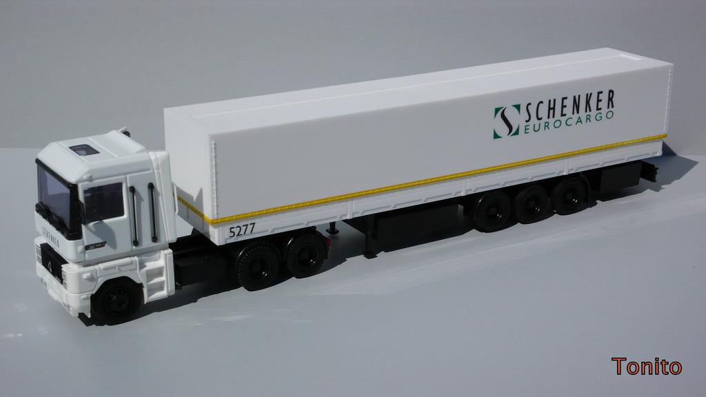 P1140261-1 -