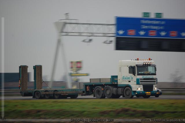DSC 0467-border Even langs de snelweg