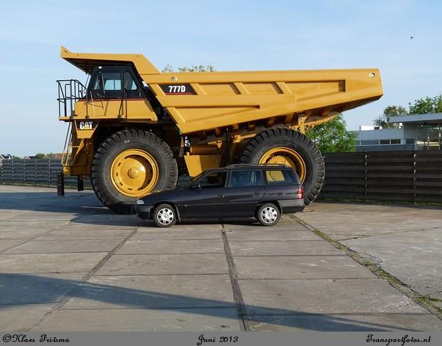 caterpillar 004-border Grondverzet voertuigen/machines