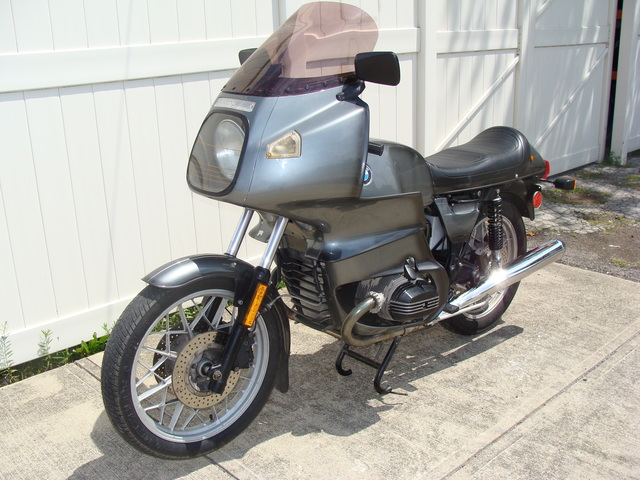 6225457 '81 R100RS, Grey Smoke 001 SOLD....1981 BMW R100RS, Grey. 56,000 Miles. Fresh 10K Service. Koni shocks, Brown Sidestand, tall tint windshield, braided stainless front brake lines.