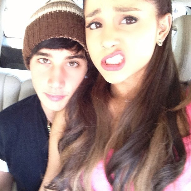 368162-ariana-grande-jai-brooks-back-together Picture Box