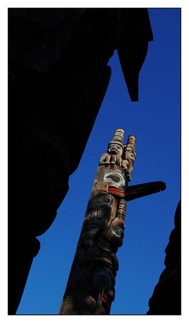 Victoria Totem 2 2013 Vancouver Island
