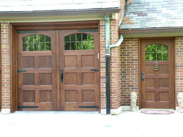 garage doors Burnaby Doorcare