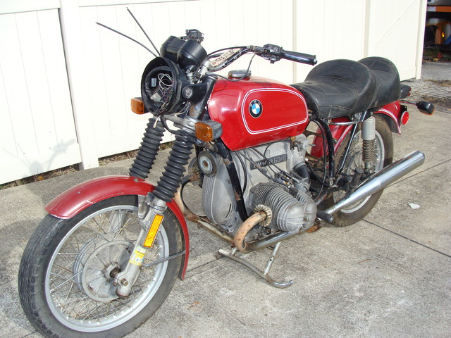 "4920037 '76 R60-6, RED. PROJECT BIKE 001 p-4920037 '76 R60/6, Red. Non-Running ""Project Bike"""