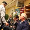 R.Th.B.Vriezen 2013 12 15 9378 - Kerstmarkt gezamenlijk eten...