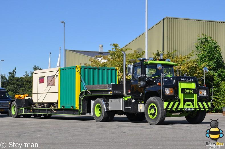 DSC 9220-BorderMaker - Mack- & Speciaaltransportdag 2013