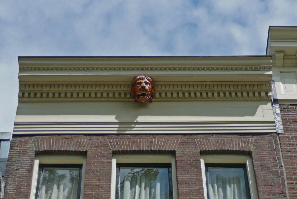 lijstgevelP1080974kopie - amsterdam