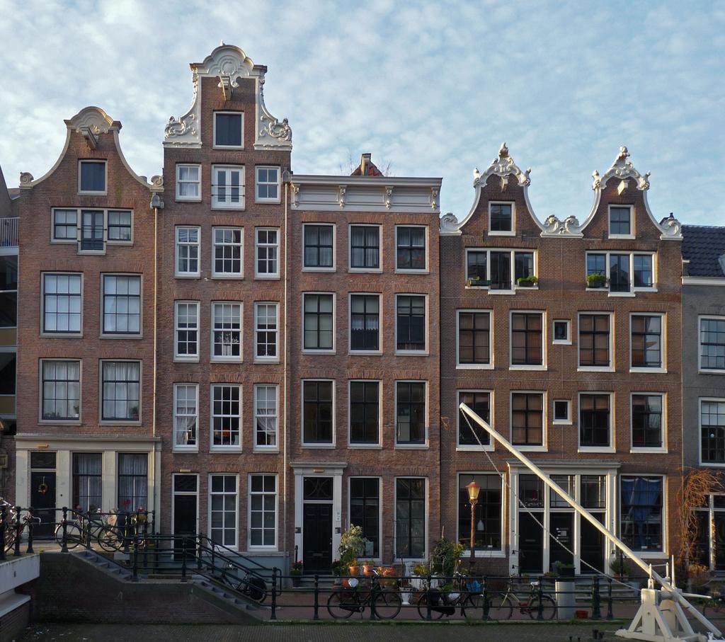 klokgevelP1340986kopie - amsterdam