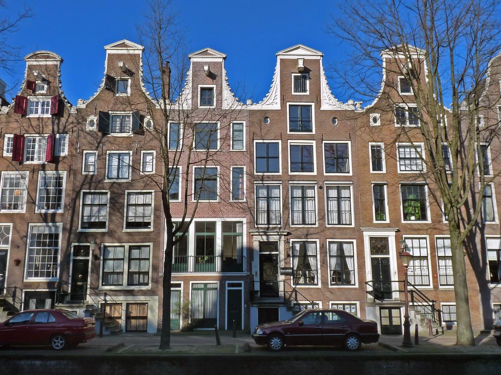 klokgevelsP1210158 - amsterdam