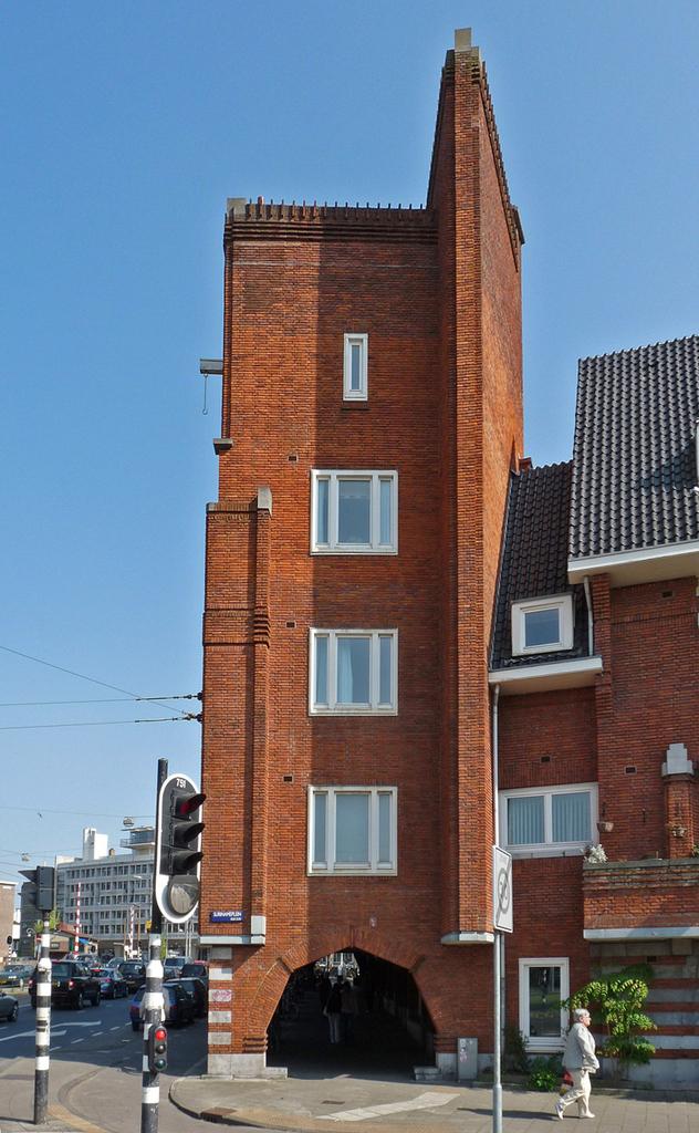 planwestP1070477800px - amsterdam