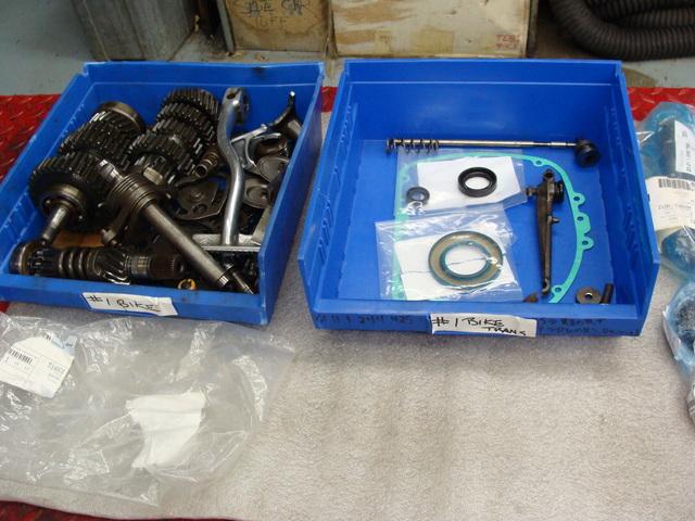4910001 TRANSMISSION 003 SOLD.....4910001 1974 BMW R75/6 Black. RESTORATION