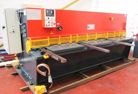 NEW HYDRAULIC GUILLOTINES 6MM X 3200MM NEW HYDRAULIC GUILLOTINES 6MM X 3200MM