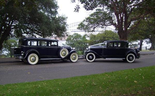 VINTAGE WEDDING LIMOUSINES - DE-LUXE 1930 and 1931 VINTAGE WEDDING LIMOUSINES - DE-LUXE 1930 and 1931 BUICKS AND 19