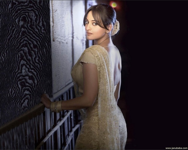 Sonakshi Picture Box