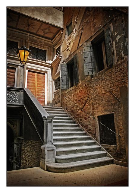 -Venice Steps Italy photos