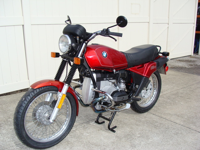 6207003 '83 R80ST Red 001 SOLD.....6207003 '83 BMW R80ST, Red. 15,000 Miles. Fresh 10K Service, New Metzeller tires, More!
