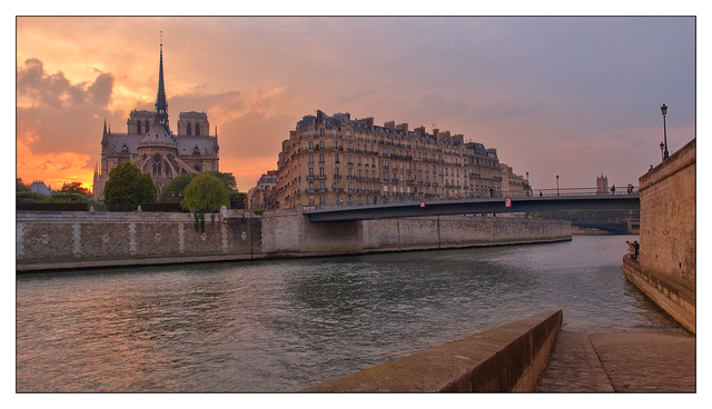 ile de la Cite sunset France