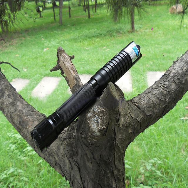 hochwertiger laserpointer blau 10000mw brennen laserpointer-laserde.com