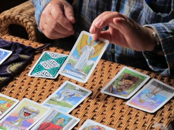free tarot reading Picture Box