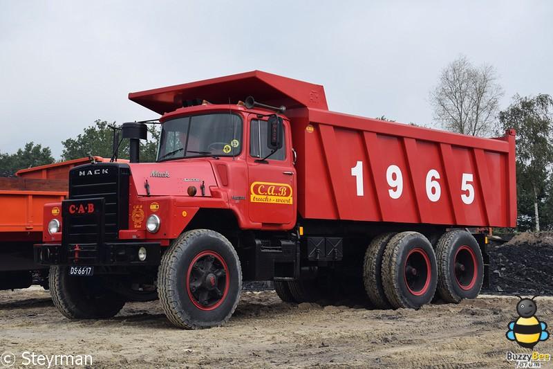 DSC 0430-BorderMaker - Truck in the Koel 2014