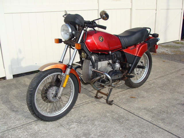 """6207435 '83 R80ST Red SOLD.....P-6207435 1983 BMW R80ST, Red. Running and Rideable """"Prtoject Bike"""" VERY RARE and hard to find!"""