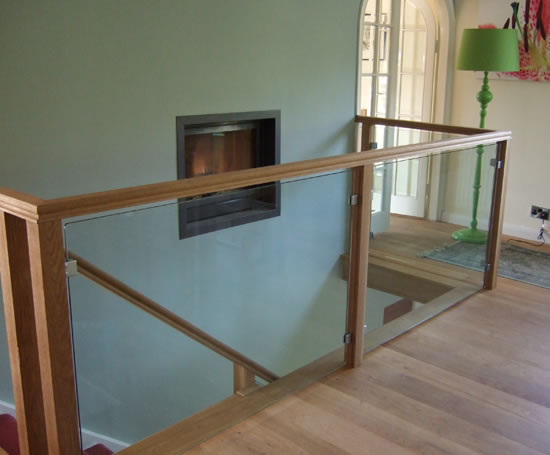 frameless glass railings Picture Box