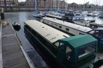 narrowboat moorings Liverpool Marina