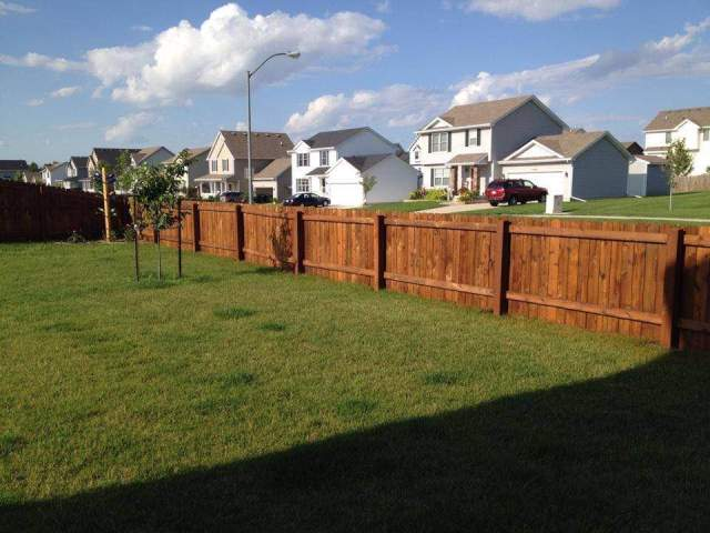Deck staining Des Moines Iowa BrightLine Fence and Deck Staining