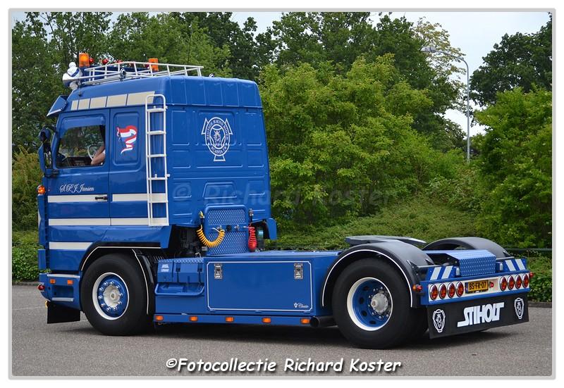 DSC 2467-BorderMaker - Richard