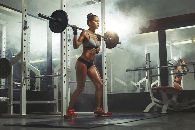 squat-image Peak Performance 360