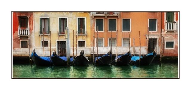 Venezia Canal Panorama Images