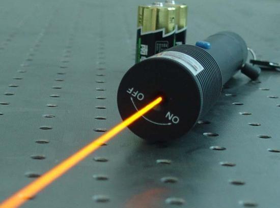 Diodes-LASER-principe-et-technologie-15 Puntero laser 200mW verde