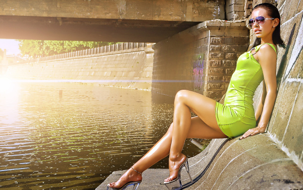 Hot-Girl-610x381 Picture Box
