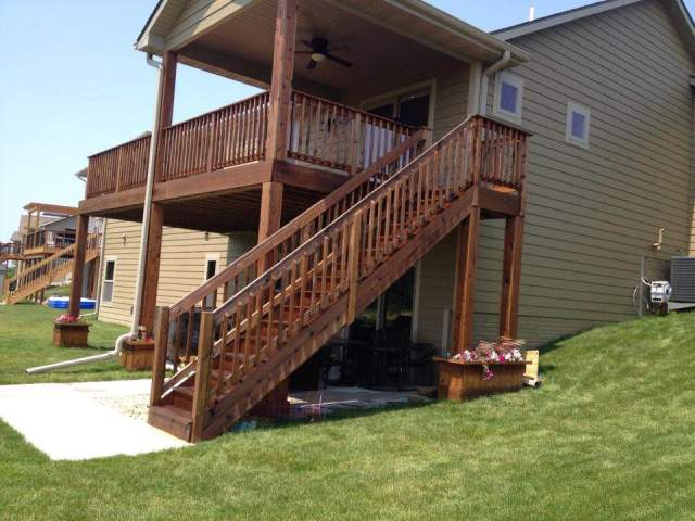 deck staining central Iowa BrightLine Fence and Deck Staining