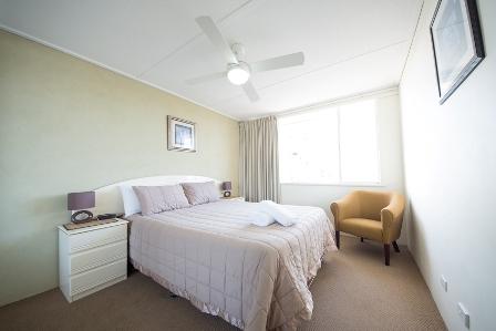 burleigh accommodation Wyuna Beachfront Holiday Apartments