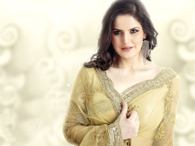 zarine-khan 144557813000  http://fun-flicks.com/face-flash-cream/