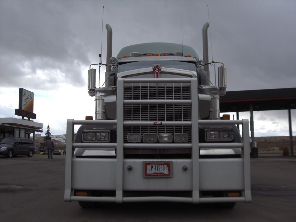 CIMG9124 - Trucks