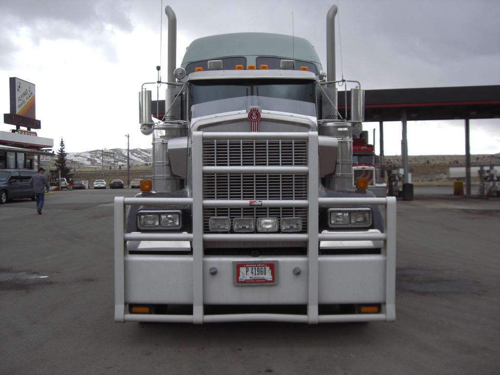 CIMG9123 - Trucks