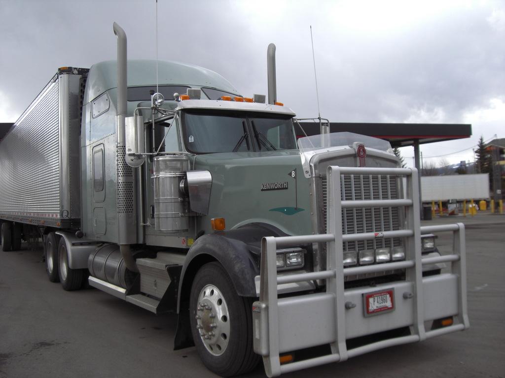 CIMG9122 - Trucks
