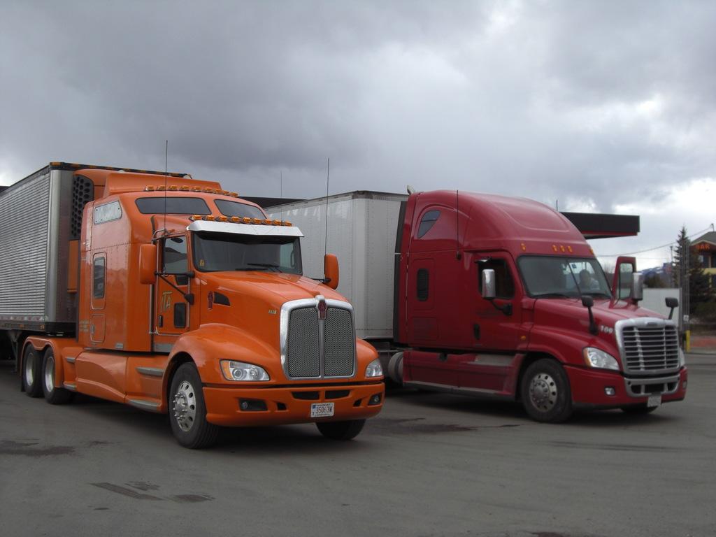 CIMG9119 - Trucks
