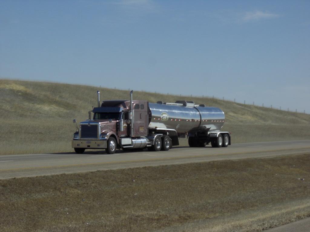 CIMG9182 - Trucks
