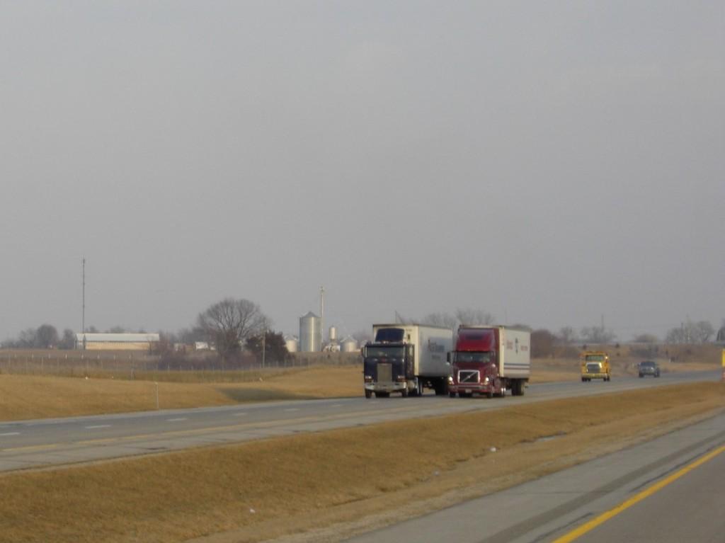CIMG9250 - Trucks